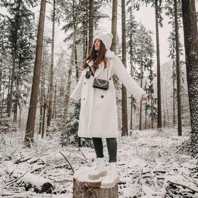8 prendas imprescindibles de rebajas para acertar los días más fríos del invierno