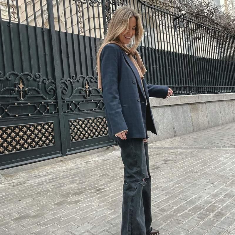 María Pombo se suma al truco de estilo favorito de Tamara Falcó que renueva los jerséis